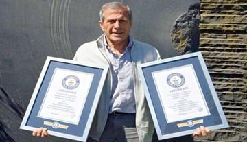 """Distinguen al """"Maestro""""  con dos premios Guinness"""