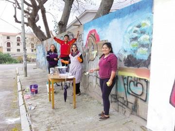 Pintan murales  por la Semana  de la Hermandad