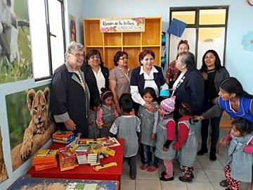 """Centro """"Alegría""""  recibe donación de útiles escolares"""