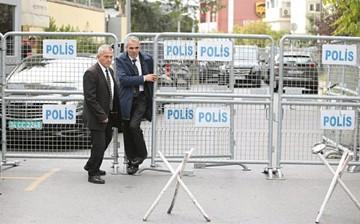 Turquía busca a periodista en consulado