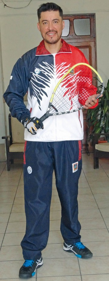 Juan Pablo Ontiveros Vaca Sueña con que  la pelota raqueta  sea internacional
