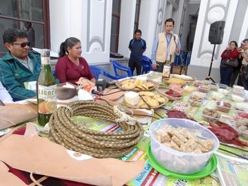 Muyupampa acoge la XIII Feria Nacional de Semillas