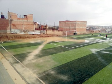 Cancha de fútbol anegada