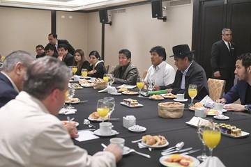 Buscan fortalecer consulados móviles de Bolivia en Argentina