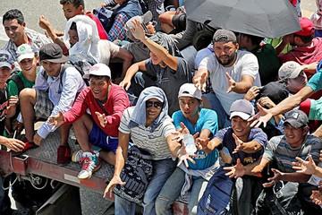 Continúa imparable la caravana de migrantes