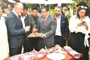"""Presentan """"Bolivia Natural Beef"""" marca for export"""
