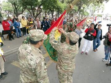 FFAA rinden homenaje a soldados de Ñancahuazú