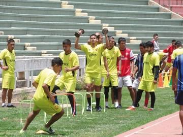 Inde jugará con equipo diezmado