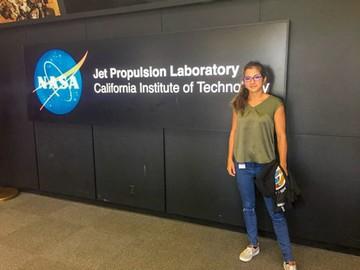 Camila, la boliviana para el proyecto Marte 2020