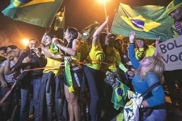 Jair Bolsonaro promete gobernar Brasil en apego a la Constitución