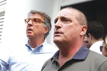 Bolsonaro perfila la transición y frena a sus colaboradores