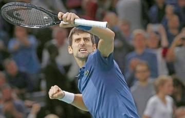 Djokovic a la final en París