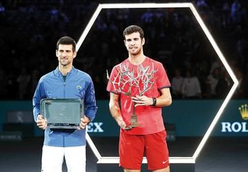 Djokovic tropieza en París