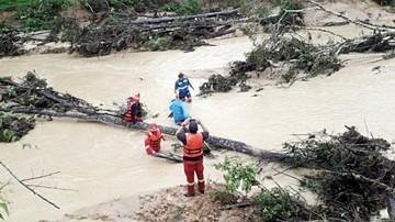 Continúa la alerta por la crecida de ríos en el país