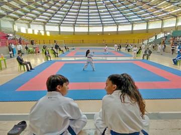 Karate: Inicia torneo en Sucre