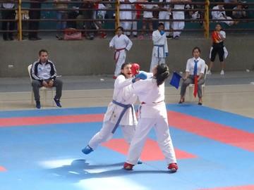 Chuquisaca subió al podio en campeonato de karate