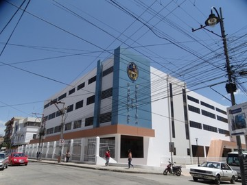 Inauguran nuevo edificio de Medicina
