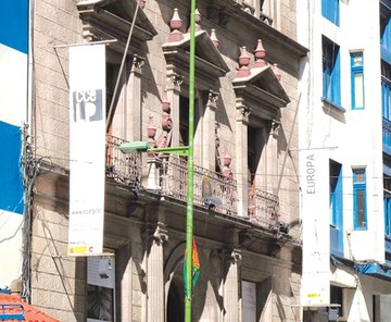 Centro español abre muestra de apoyo a artistas