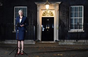 """La UE y el Reino Unido desbloquean el """"brexit"""""""