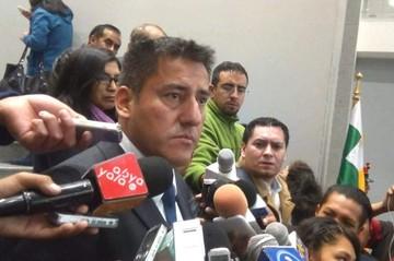 Zavaleta dice que ningún tribunal internacional puede impedir la repostulación de Evo