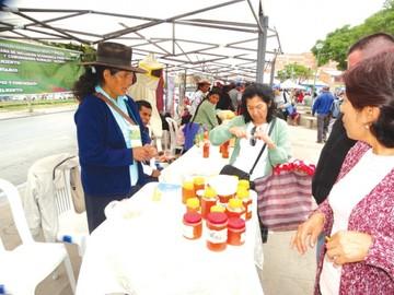 Feria de Accesos comparte  emprendimientos exitosos