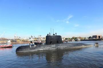 La Armada Argentina confirma que el submarino se partió en varias partes