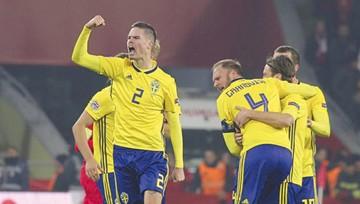 Suecia gana y mantiene posibilidades