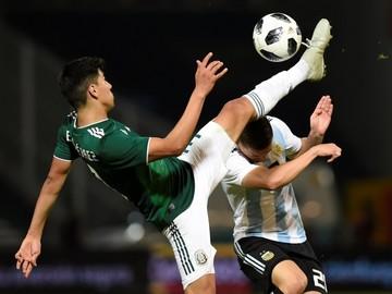Argentina enfrenta a México en cotejo de revancha