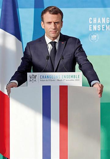 Macron no cede ante presiones por carburantes
