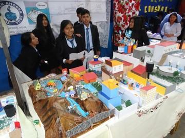 Colegios organizan ferias  al cierre del año lectivo