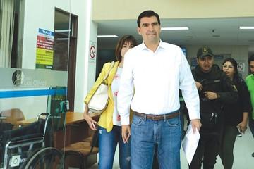 La Fiscalía pide que aprehendan al alcalde Leyes