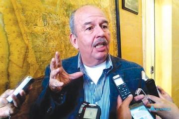 Murillo dice que dejará actividad política