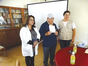Certificados de  nacimiento para  104 internos