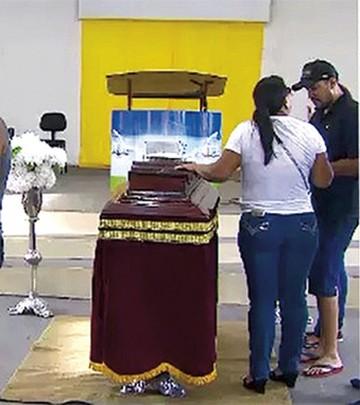 Víctima de linchamiento fue enterrada en Brasil