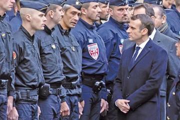 Macron continúa cediendo ante movimiento de protesta