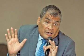 Interpol rechaza orden de detención a Correa