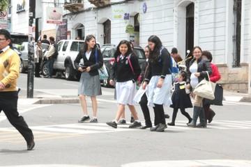 Gestión escolar concluye  con 10.000 bachilleres