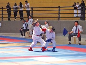 Karate evalúa a deportistas