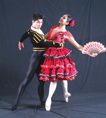 Silva cierra su aniversario con   Don Quijote