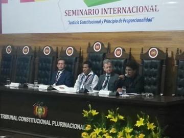 TCP realiza seminario sobre justicia constitucional