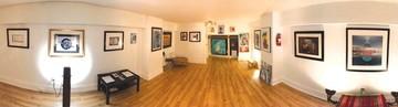 Ocho artistas bolivianos  exponen en tres países