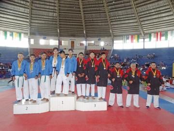 Karate reparte 51 títulos hoy en el cierre