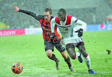 """Lyon se clasifica;  Bayern, City y  """"Juve"""", primeros"""