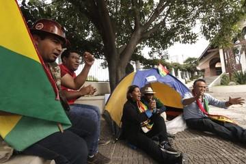 Dos piquetes de huelga se instalan en rechazo a la habilitación de Evo y Álvaro