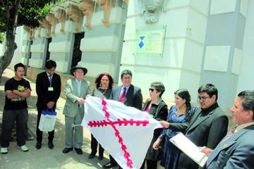 Patrimonio recibe emblema; piden retomar concienciación