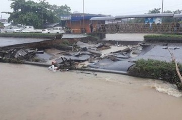 Lluvias afectan carretera Cochabamba-Santa Cruz