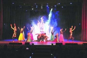 Gildance homenajea con elegía a Juana Azurduy