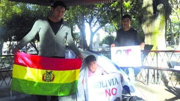 Sucre y La Paz se suman a huelga en rechazo a Evo