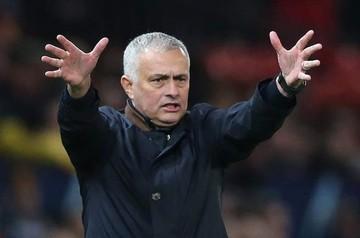 Mourinho es despedido del Manchester United