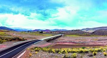 Carretera Sucre-Llallagua será inaugurada mañana